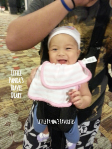 Travel tip for new mom & baby in Singapore พาลูกเที่ยวสิงคโปร์ #2 Stroller or babycarrier?