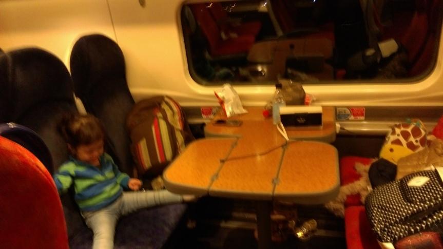 Virgin train London-Liverpool | LittlePanda's UKtrip