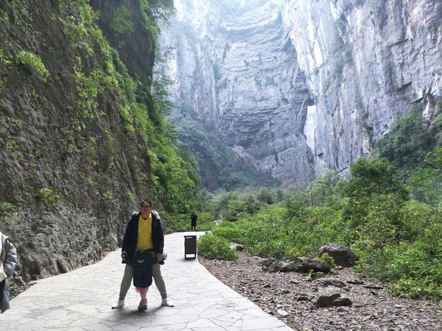 รีวิว day trip Wulong ฉงชิ่ง ชมหลุมฟ้าสะพานสวรรค์ ความยิ่งใหญ่มรดกโลก UNESCOทางธรรมชาติ